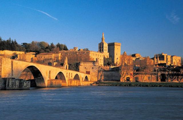 Loge Emet d'Avignon : rencontre avec les associations et les institutions juives
