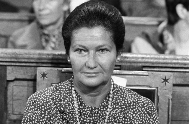 Hommage rendu à Madame Simone Veil au site-mémorial du Camp des Milles