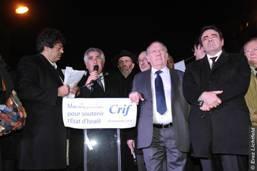 Plus de 5000 amis d'Israël  devant l'Ambassade d'Israël à Paris