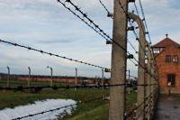Voyage d'étude à Auschwitz Dimanche 8 Décembre 2013 - venez ou aidez les lycéens