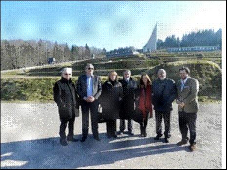 Délégation du B'nai B'rith au Camp de Concentration de Struthof avec des Membres du Parlement Européen
